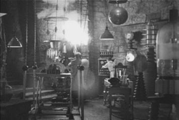 Aninimal Book: Dr Frankenstein's Lab